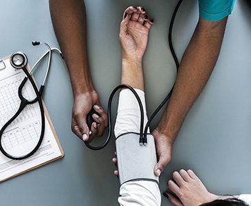 Les groupements hospitaliers de territoire (GHT): quelle stratégie pour les achats ?